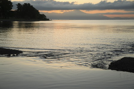 amanecer: Lake Biwa Imazu dawn of Foto de archivo