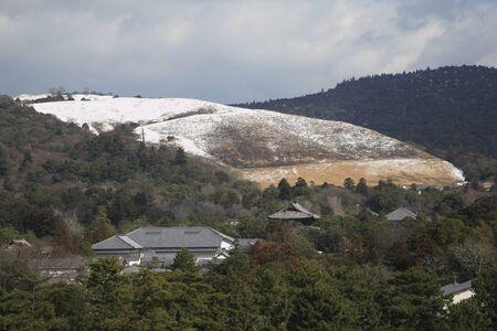 todaiji: Todai-ji Temple Namdaemun and Wakakusayama