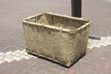 waste basket: Waste basket knitted in bamboo