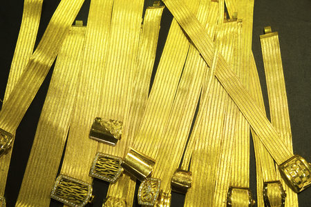 gold souk: Pure gold accessories shop window