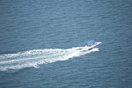 Cruising cruiser