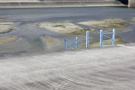 riverbed: Water gauge of riverbed