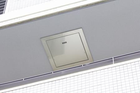 evacuacion: Mansi�n mirador de escotilla de evacuaci�n Foto de archivo