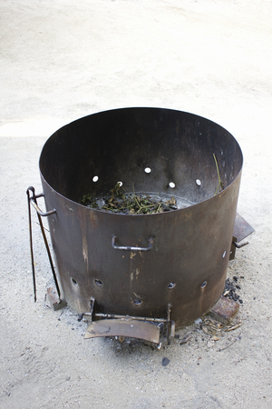 廃棄物の焼却のためのドラム