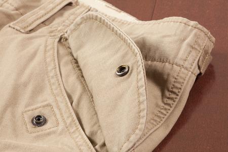貨物ズボンのポケット