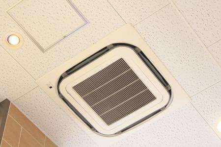 組み込みエアコン