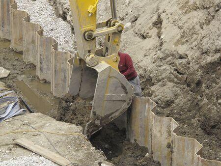 heavy: Construction heavy equipment