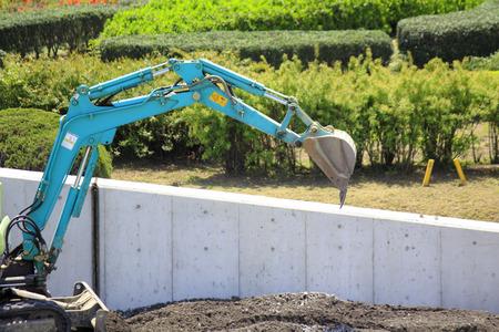 power shovel: Construction backhoes