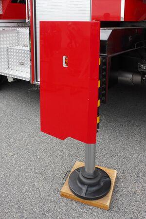coche de bomberos: Fire truck of hydraulic jack