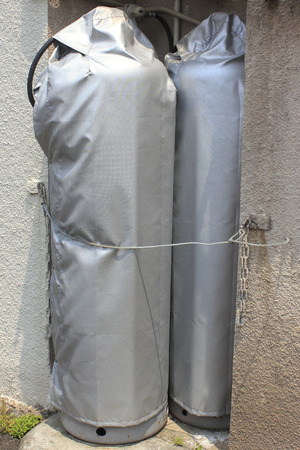 propane gas: Cover of propane gas cylinder