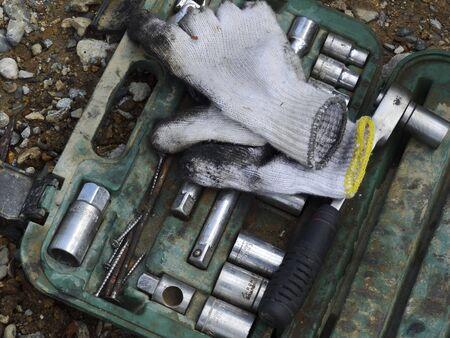 ツールや作業用手袋
