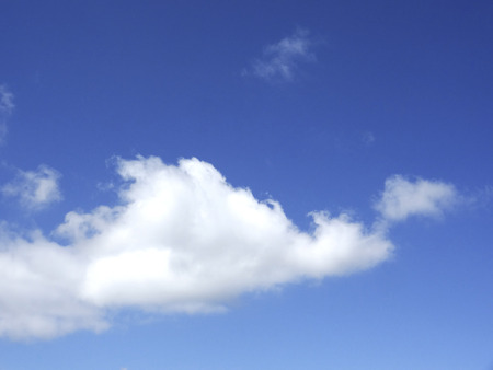 hygenic: White clouds and blue sky