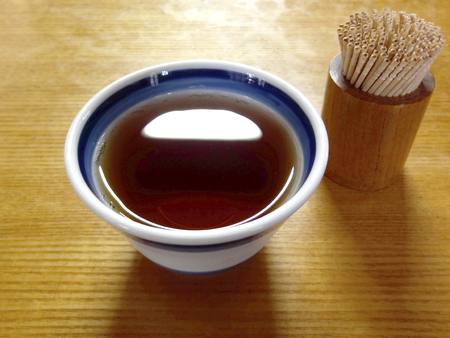 toothpick: Hojicha and toothpick