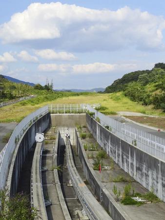 monorail: Monorail end point