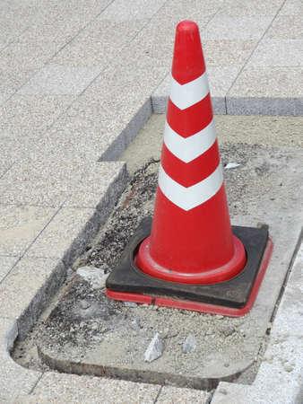ブロックや歩道建設のパイロン