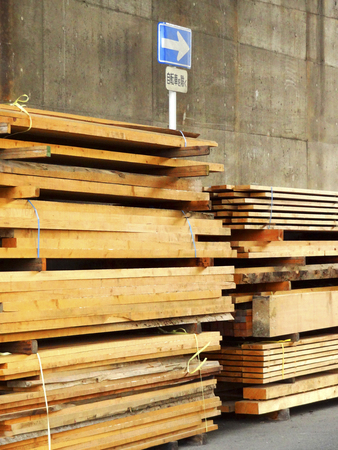 laden: Timber that is laden on the road