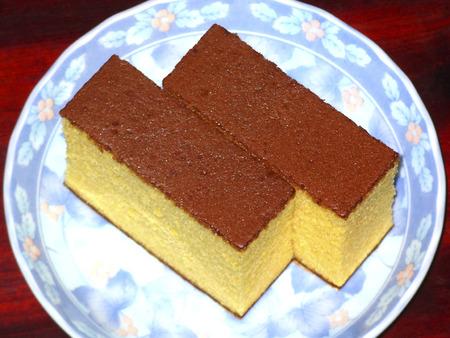 confections: Sponge cake