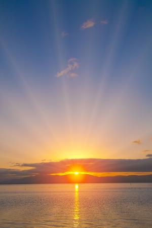 breaking dawn: Amanecer Lago Foto de archivo