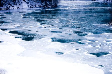 chubu: surface of a lake that freezes