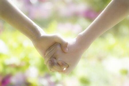 hook up: Holding hands