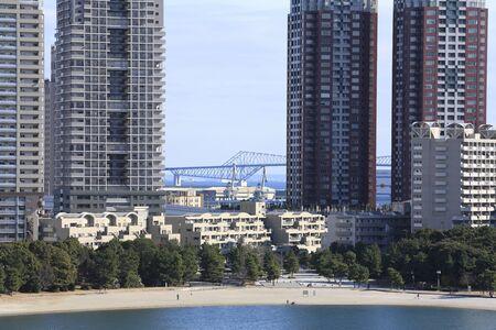 apartment blocks: Odaiba Seaside Park and apartment blocks