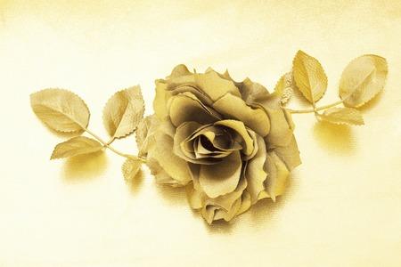 ゴールド ローズ
