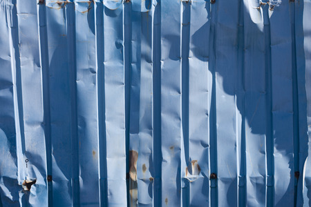 sheet pile: The wall surface of the metal