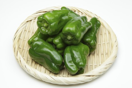 green peppers: Green peppers