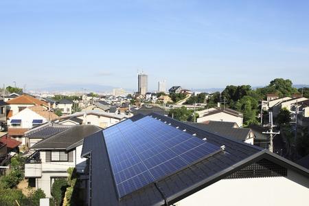 Zonnepaneel dak Stockfoto
