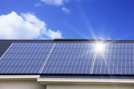 Solar panel roof 版權商用圖片