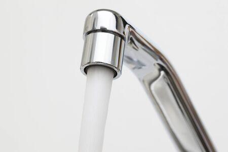 agua del grifo: El agua del grifo