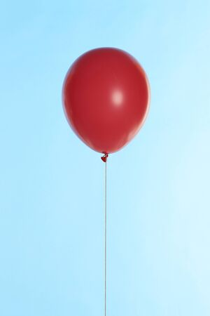 levitate: Red balloons