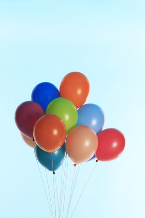 levitate: Lots of balloons