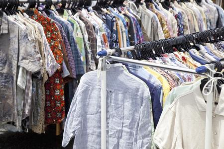 tr�delmarkt: Flea market