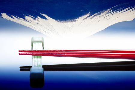 cabeza abajo: Al revés Fuji y palillos