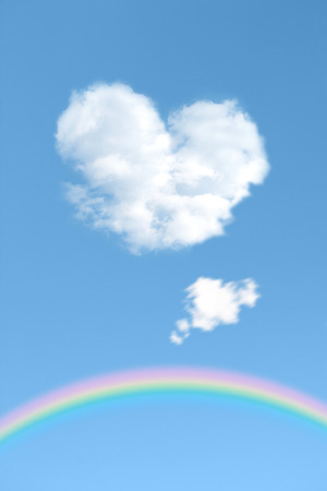 favour: Heartshaped clouds