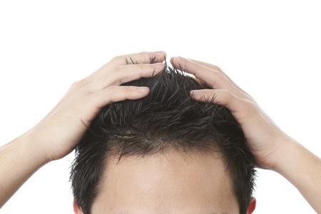 カキの髪を調達する男