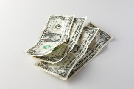 realization: 1 dollar banknotes.