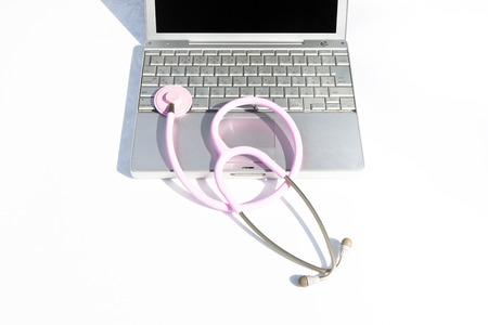 utiles de aseo personal: Estetoscopio y portátil
