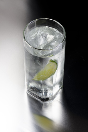 carbonic: Gin and tonic Stock Photo