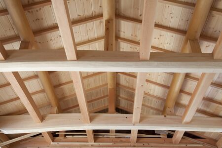ceiling plate: In the wooden house building under construction