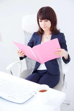 desk work: OL doing desk work
