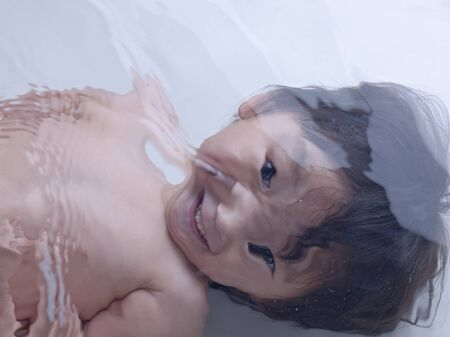 olds: 2 year olds boys to show a smile in water