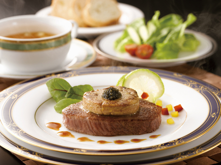 fillet steak: Served with Rossini-style caviar of Yamagata beef fillet steak Stock Photo
