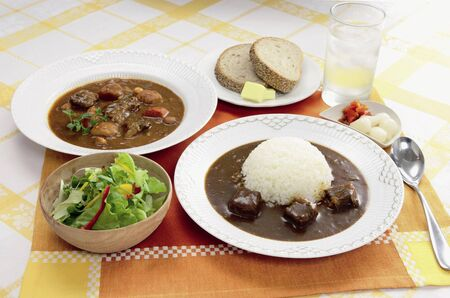beef stew: Beef curry and beef stew