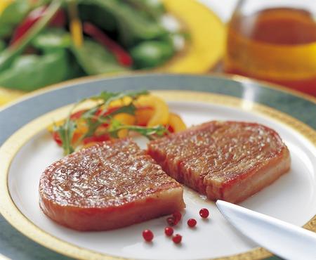 creative: Creative steak