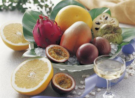 Tropical fruits 版權商用圖片
