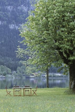 intermission: At Hallstatt lake