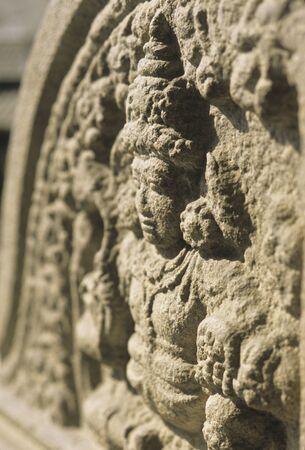 寺院のレリーフ