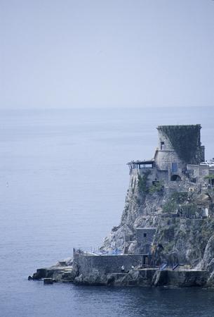 Tour médiévale de la côte amalfitaine Banque d'images - 46887064